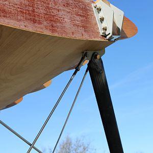 forward cabane attachment upper