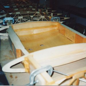 Inside_of_top_wing_fuel_tank_compartment_varnished.jpg