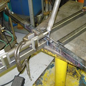Bungee Leg Fitup/Tacking