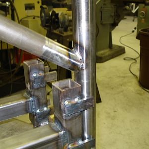 Fwd Leg Tacked to Axle 2