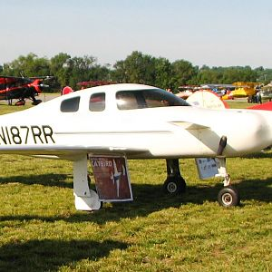 Rutan Catbird vs Steen Skybolt - 2012 National Biplane Fly In, Junction City, KS