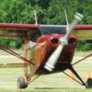 Piper Pacer landing