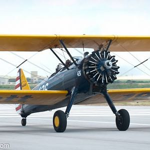 BiPlane FlyIn pictures