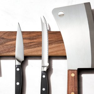 The Only 5 Knives You Need in Your Kitchen.jpg