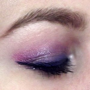 Sort of a purple smokey eye with a hint of blue and pink and blue eyeliner ....