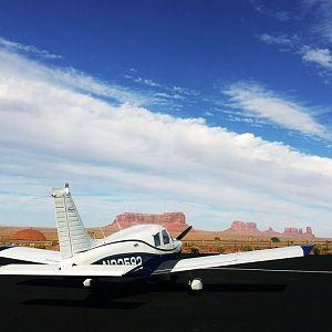 N32582 flying to monument valley utah