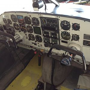PA-24 Panel Full
