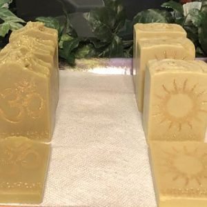 Aleppo Soap with 40% Laurel Berry Oil  & 100% California Extra Virgin Olive Oil Soap